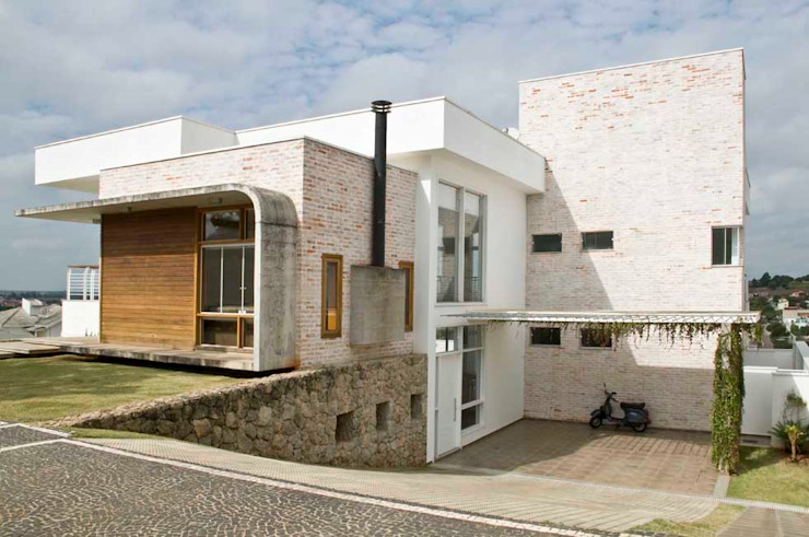 Casa Tatuí Casas modernas por Flavio Vila Nova Arquitetura Moderno