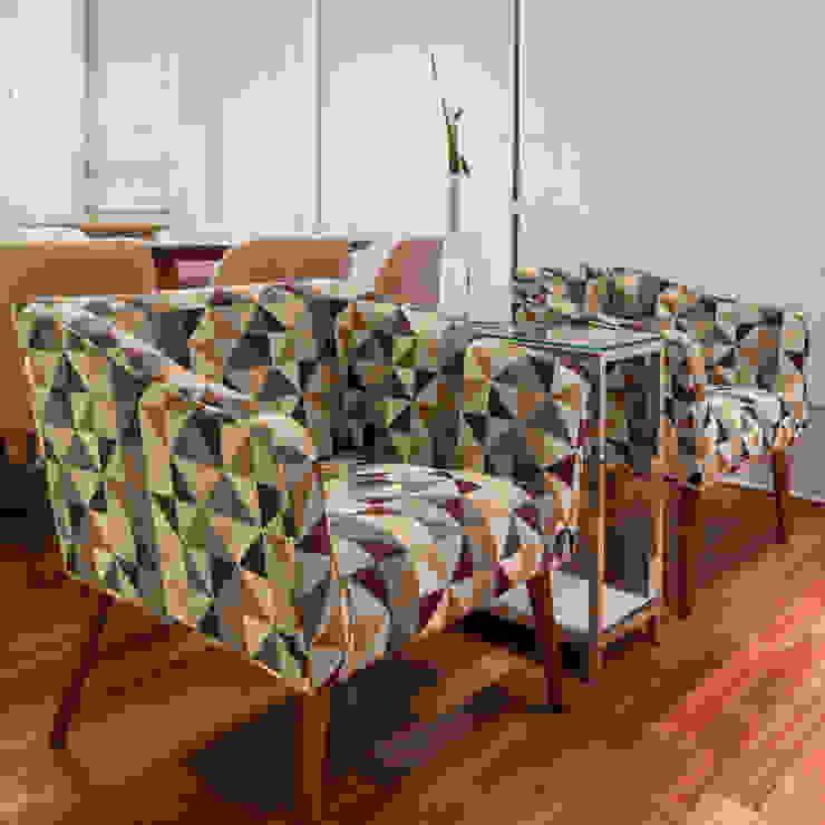 studio VIVADESIGN POR FLAVIA PORTELA ARQUITETURA + INTERIORES Modern living room