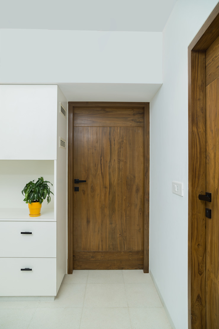Commercial—Khar: minimalist  by Nitido Interior design,Minimalist Solid Wood Multicolored