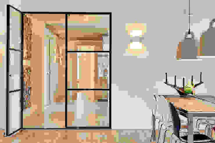 Projekty,  Korytarz, przedpokój zaprojektowane przez Jolanda Knook interieurvormgeving, Nowoczesny