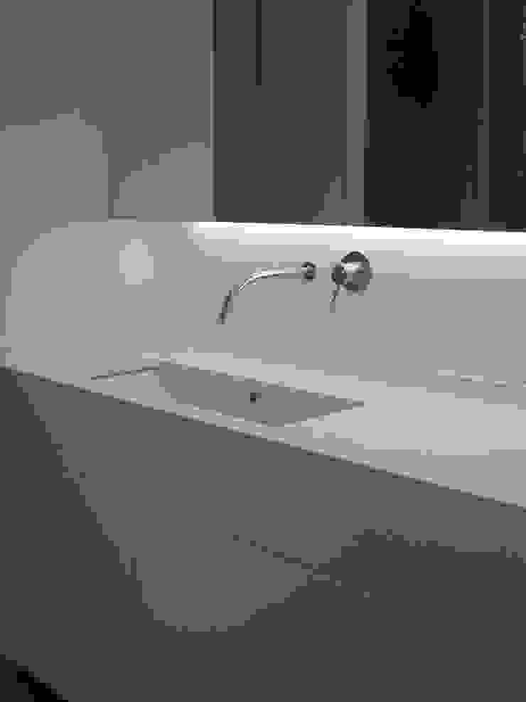 Instalação Sanitária Principal Casas de banho modernas por QFProjectbuilding, Unipessoal Lda Moderno