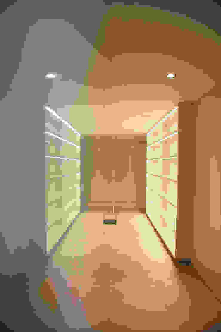 Corredor dos quartos Corredores, halls e escadas modernos por GRAU.ZERO Arquitectura Moderno