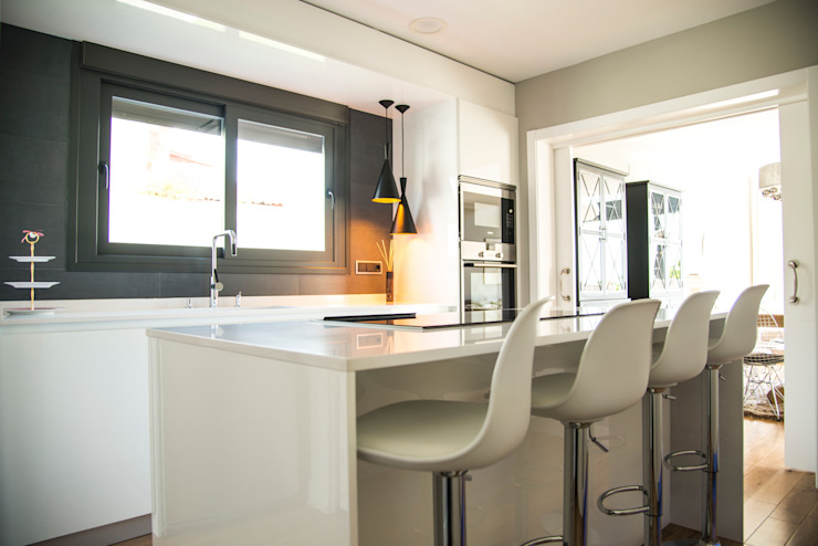 Dapur built in oleh MODULAR HOME, Modern