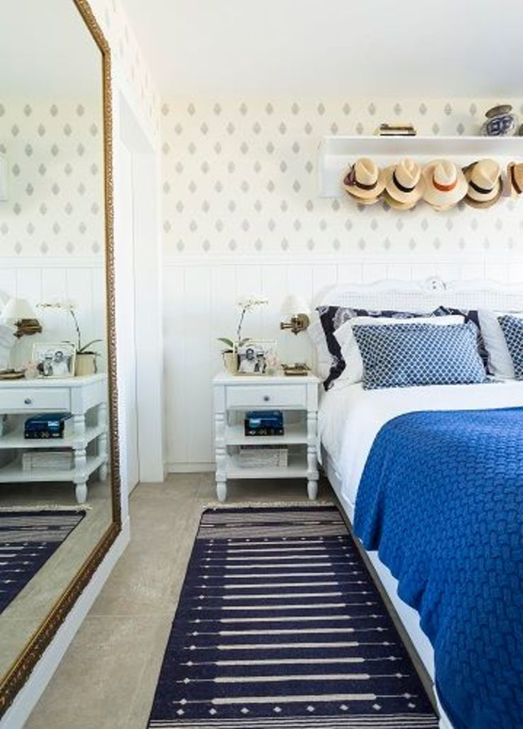 Mediterranean style bedroom by Flavia Guglielmi Arquitetura Mediterranean