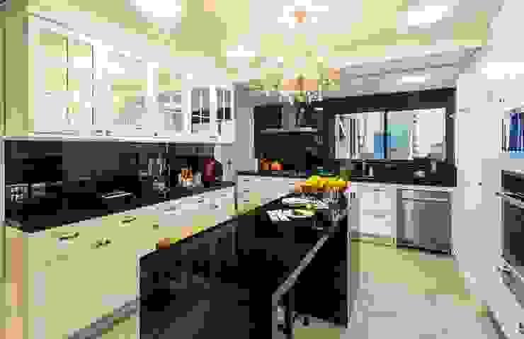 Flavia Guglielmi Arquitetura Kitchen