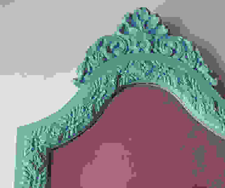 Espelho por À Manápula Moderno Madeira maciça Multicolor