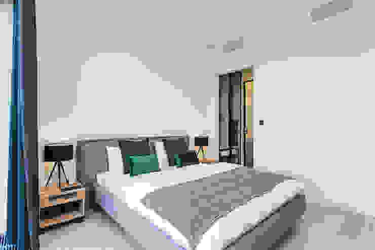 Moderne Schlafzimmer von Michał Młynarczyk Fotograf Wnętrz Modern