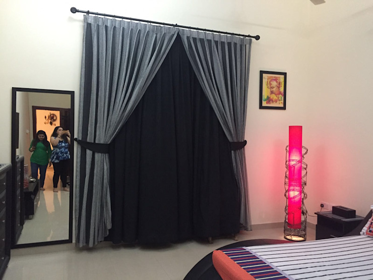 Villa Interiors Muscat Modern style bedroom by KamalKavitaInteriors Modern