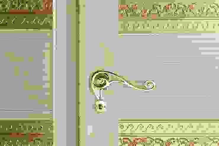 Puertas y ventanas de estilo moderno de Romagnoli Porte Moderno