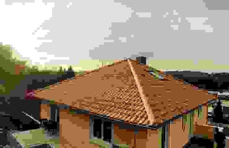Maisons classiques par Froese Dach Classique
