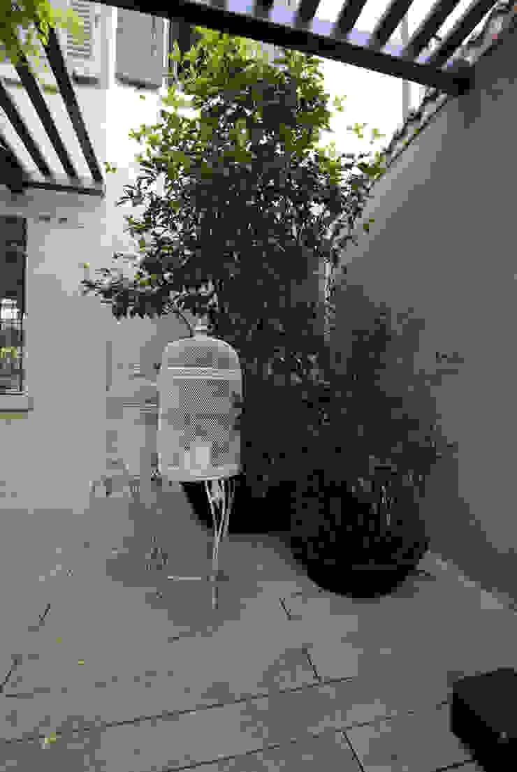 Nowoczesny balkon, taras i weranda od SDC-Milano Nowoczesny
