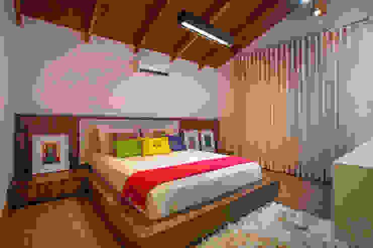 โดย Cabral Arquitetura Ltda. ทรอปิคอล ไม้ Wood effect