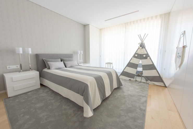 Chambre d'enfant moderne par NOZ-MOSCADA INTERIORES Moderne