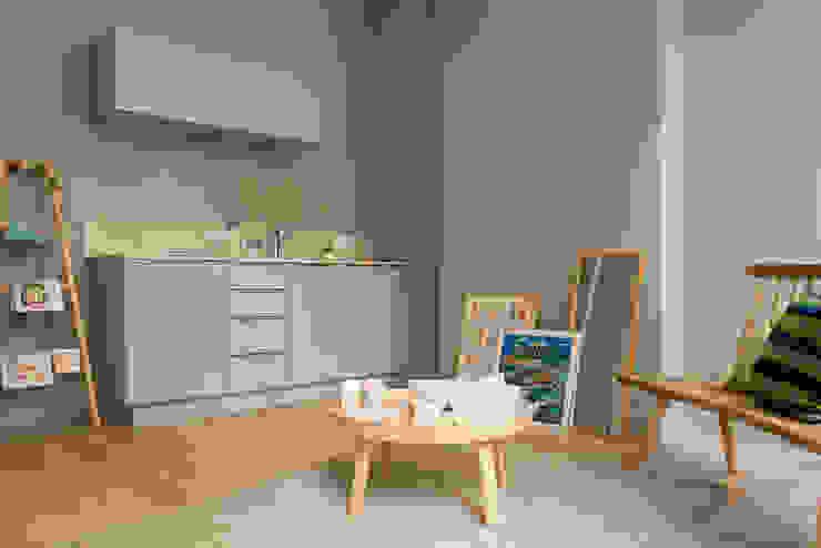 Modern kitchen by Tymeno Modern