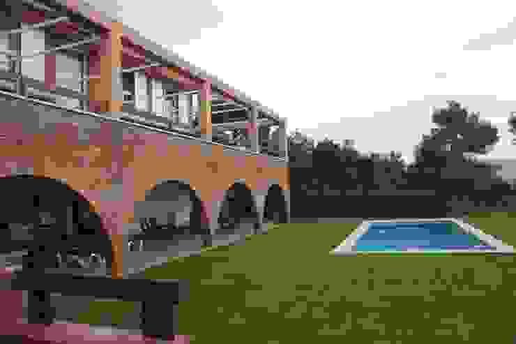 Vivienda en L´Ametlla del Vallès Casas de estilo moderno de Estudi Art de Barcelona, S.L.P. Moderno