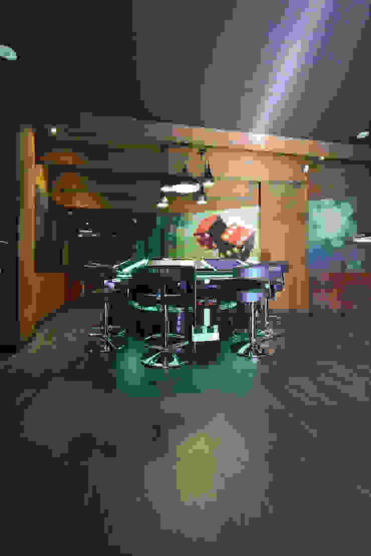 Salón de juegos ONNEA Simona Garufi Bares y clubs de estilo minimalista
