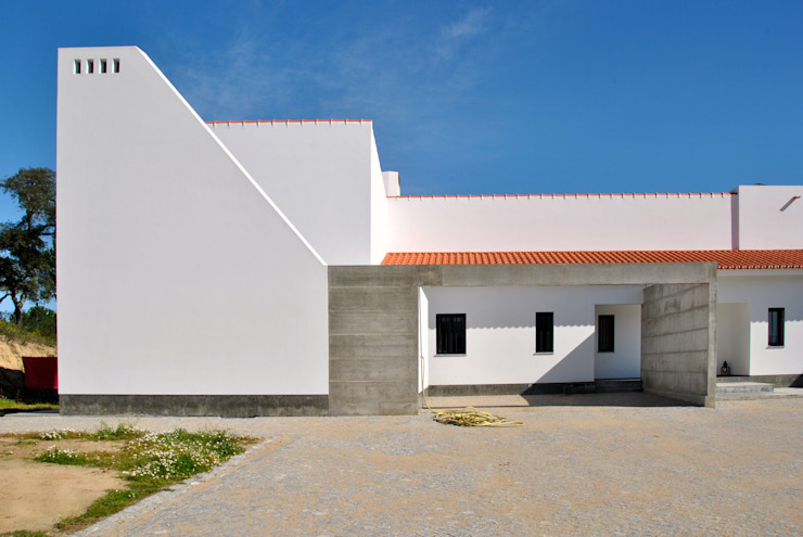 Houses by é ar quitectura,