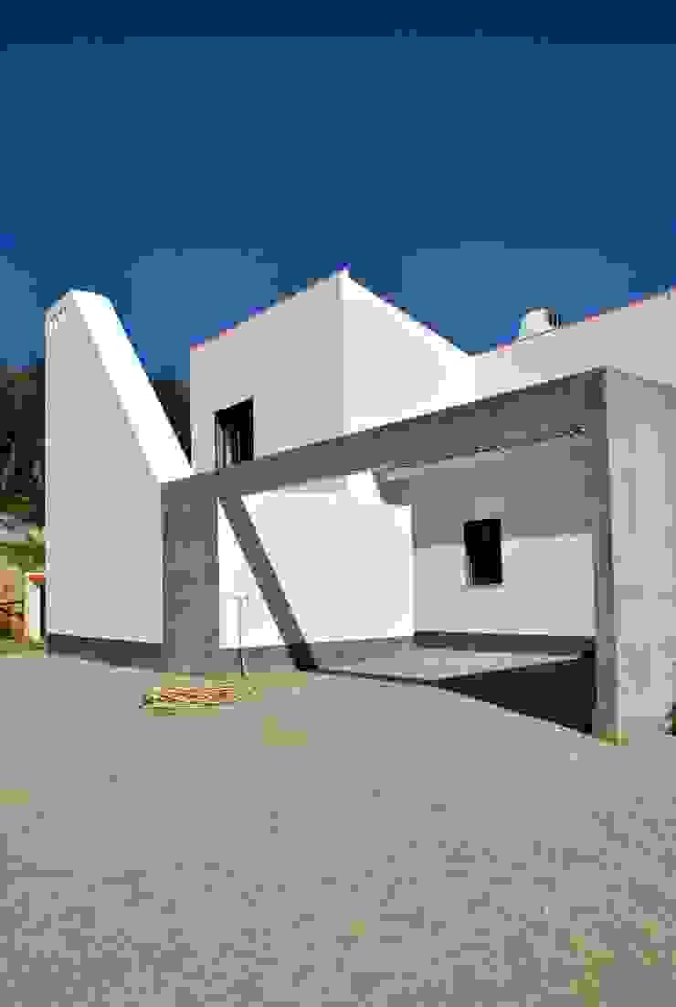Casas de estilo mediterráneo de é ar quitectura Mediterráneo Concreto reforzado