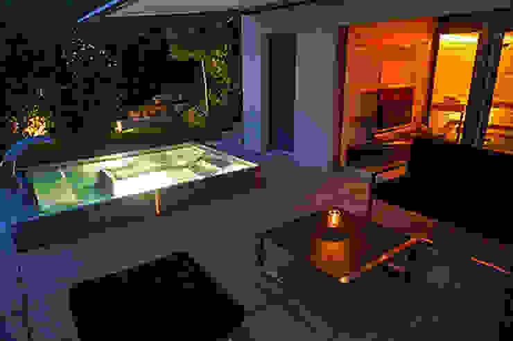 POLYTHERM Edelstahl-Whirlpool Polytherm GmbH. Moderne Pools