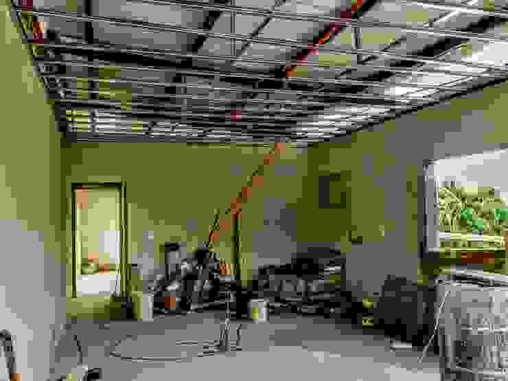 Modern home by GM Arquitectura&Construcción Modern