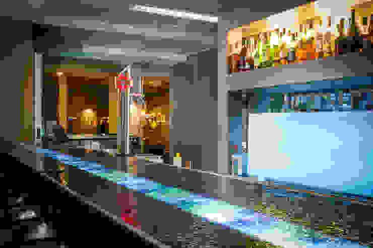 Bar Hotéis mediterrânicos por Pedro Brás - Fotógrafo de Interiores e Arquitectura | Hotelaria | Alojamento Local | Imobiliárias Mediterrânico