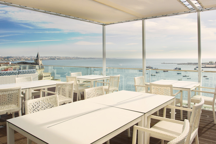 Esplanada Blue Bar Hotéis mediterrânicos por Pedro Brás - Fotógrafo de Interiores e Arquitectura | Hotelaria | Alojamento Local | Imobiliárias Mediterrânico