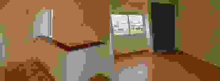 Viviendas – Duplex Pasillos, vestíbulos y escaleras modernos de Alejandro Acevedo - Arquitectura Moderno Contrachapado