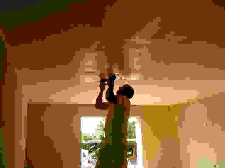 Remodelação / Renovação de Interiores Quartos modernos por RenoBuild Algarve Moderno
