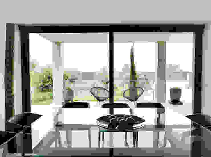 Villa en Sa Cabaneta Cocinas de estilo moderno de Bornelo Interior Design Moderno