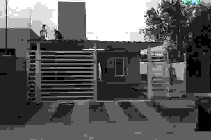 Vivienda Pro.Cre.Ar en Malagueño Casas modernas: Ideas, imágenes y decoración de Arqs. Enríquez Ingaramo Moderno