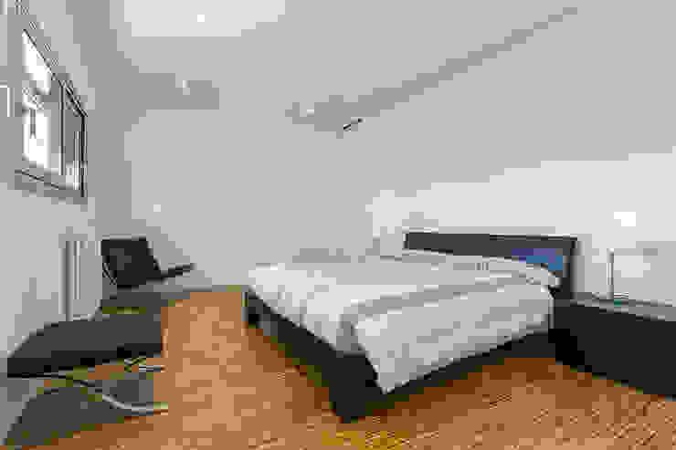 Una casa diferente Dormitorios de estilo moderno de jk-interiores Moderno