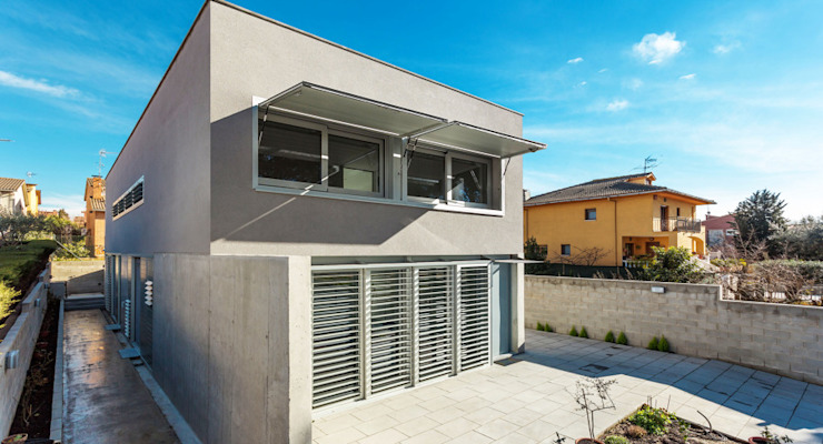 Una casa diferente Casas de estilo moderno de jk-interiores Moderno