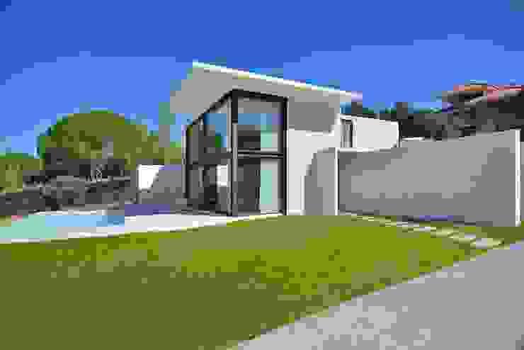 fachada Casas de estilo moderno de MODULAR HOME Moderno