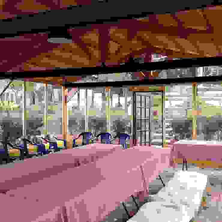 Cabañas Villa Helena Casas de estilo rural de Rio Vivo Arquitectura, Taller y Diseño. Rural Madera Acabado en madera