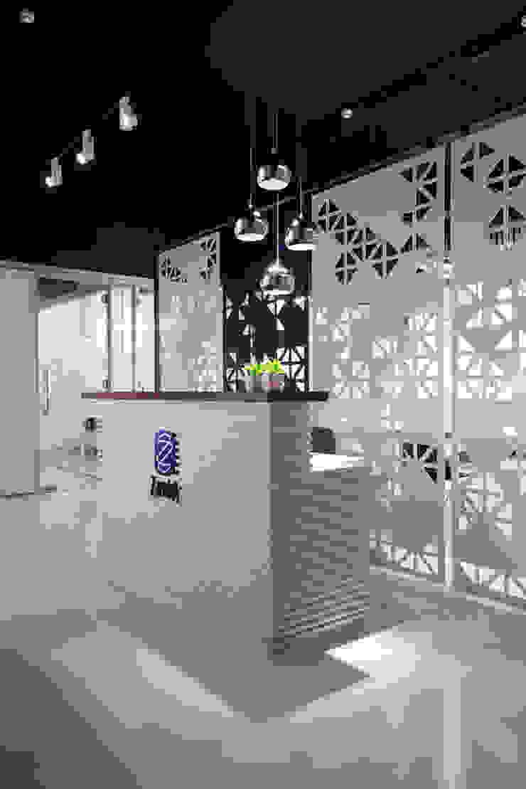 de Nitido Interior design Industrial Madera maciza Multicolor