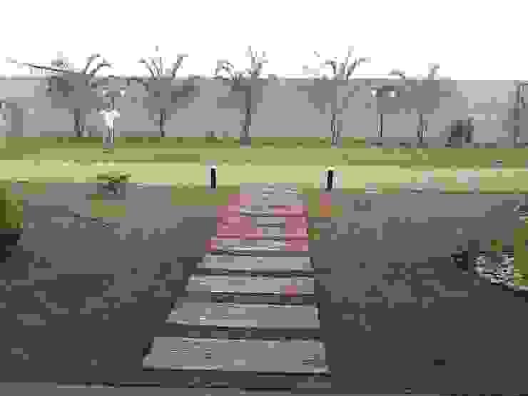 Tropischer Garten von Borges Arquitetura & Paisagismo Tropisch