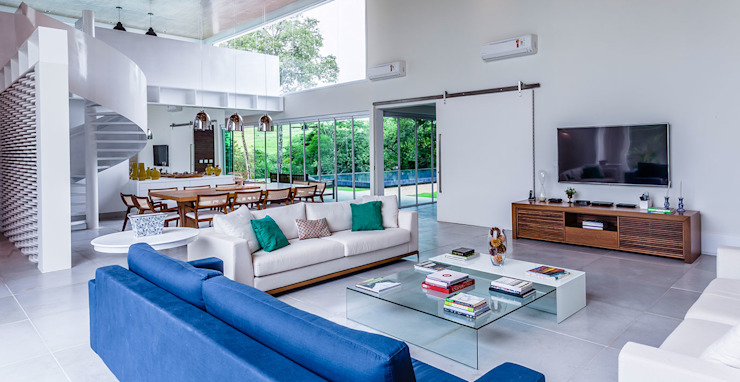 Living room by Radô Arquitetura e Design, Modern