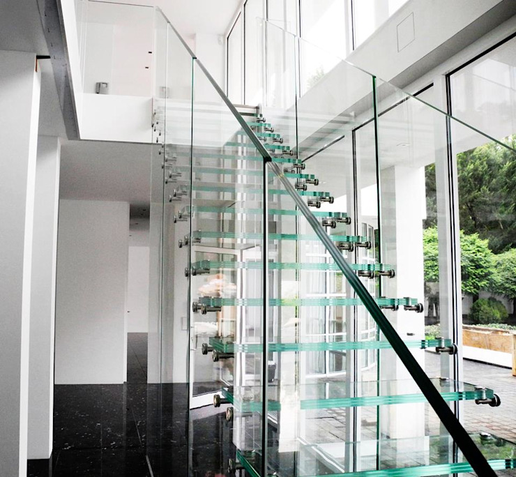 Classic corridor, hallway & stairs by Siller Escaleras Classic