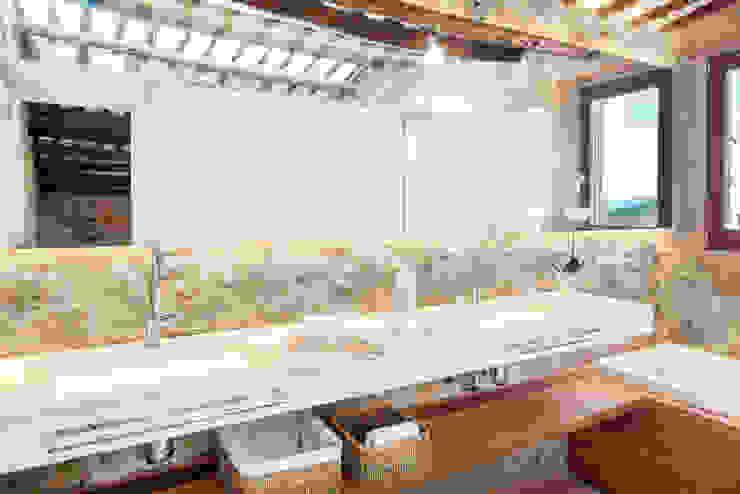 Casas de banho rústicas por TONO BAGNO | Pasión por tu baño Rústico