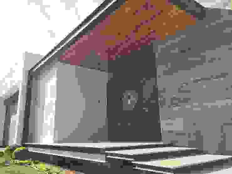Rumah Modern Oleh Diez y Nueve Grados Arquitectos Modern