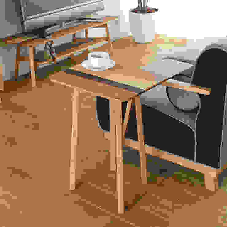 株式会社 大雪木工 Living roomSide tables & trays Wood Wood effect