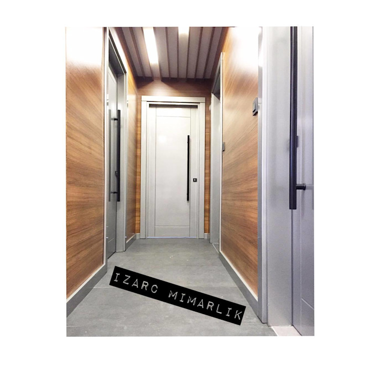 CROWE HORWATH FINANCIAL CONSULTANT OFFICE PROJECT Modern Koridor, Hol & Merdivenler İZARC MİMARLIK Modern Ahşap Ahşap rengi