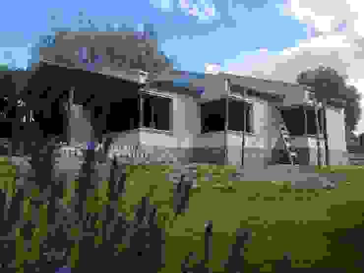 Casas de estilo rural de Comma - Oficina de arquitectura Rural