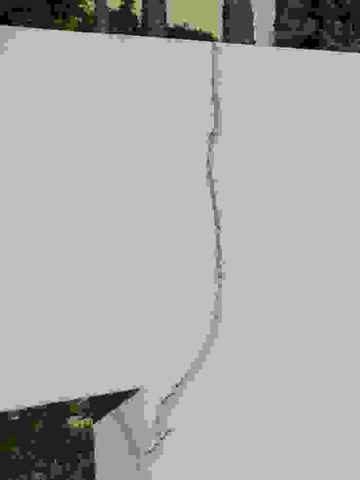 Facade Renovation / Repairing Cracks RenoBuild Algarve Mediterranean style house