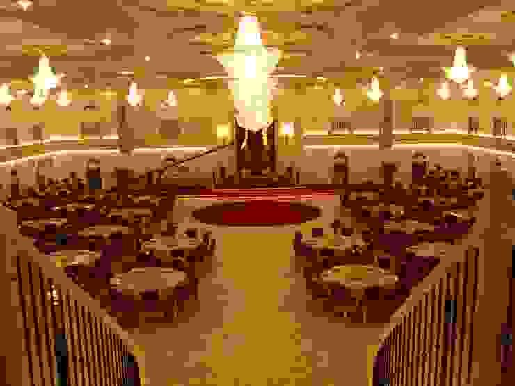 Het Paleis Klasik Koridor, Hol & Merdivenler Sonmez Mobilya Avantgarde Boutique Modoko Klasik Ahşap Ahşap rengi