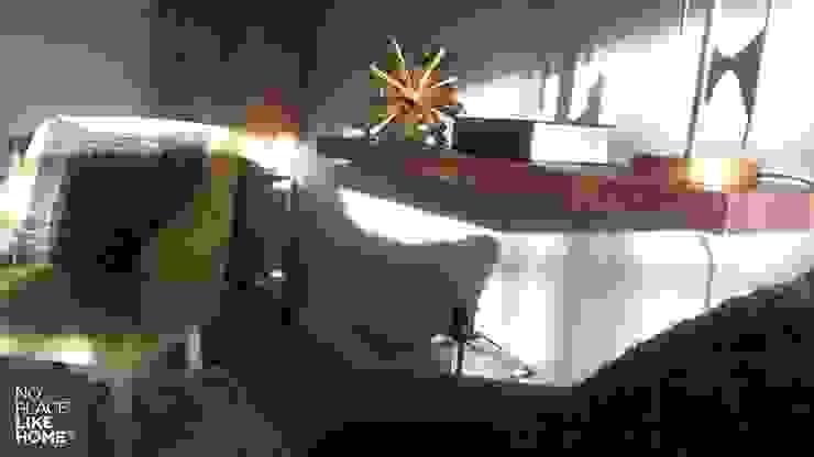 Book Support por No Place Like Home ® Moderno