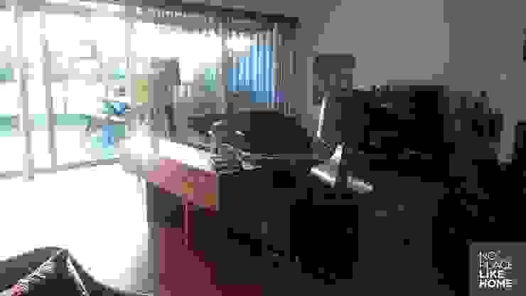 Decoration por No Place Like Home ® Moderno