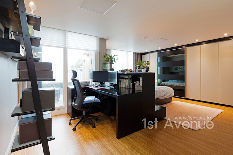 Chambre moderne par 퍼스트애비뉴 Moderne