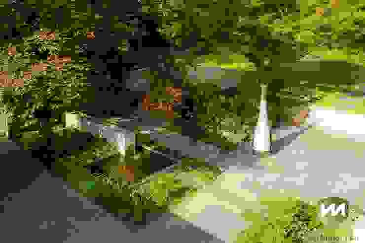 Eigentijdse tuin met zwembad en hoogteverschillen Moderne tuinen van Van Mierlo Tuinen | Exclusieve Tuinontwerpen Modern