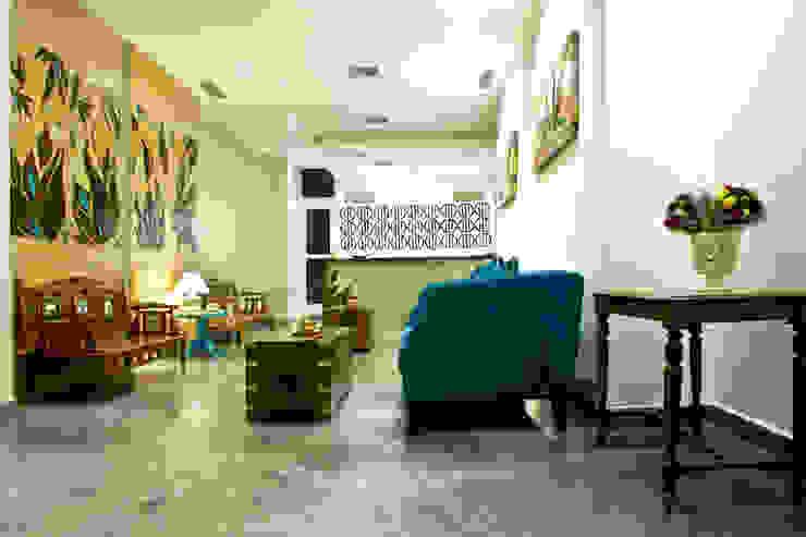 Reception: asian  by Uncut Design Lab,Asian